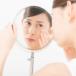 女性の肌荒れ-イメージ